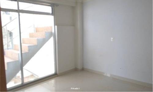 oficina en renta  lomas de chapultepec muy bien ubicada con vista al exterior.