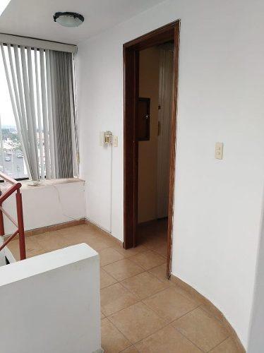 oficina en renta p.b