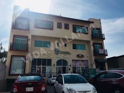 oficina en renta sobre calle fco. villa