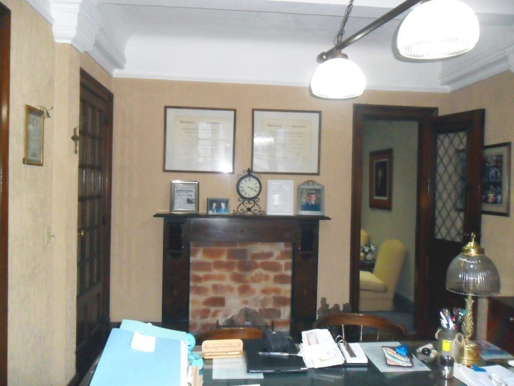oficina en san martín al 500