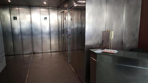 oficina en tribunales  - 77 m2