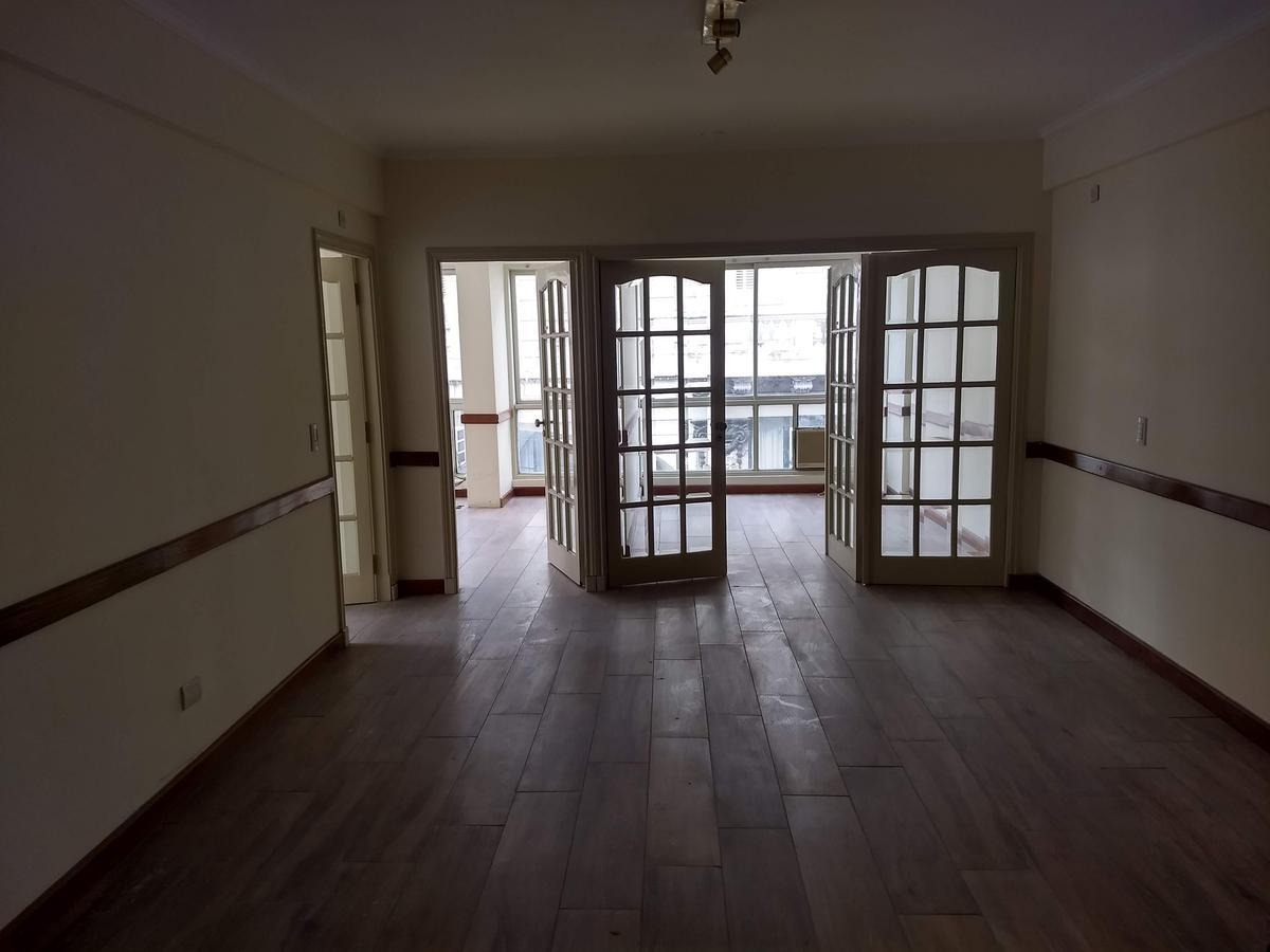 oficina en venta - 130 m2 - microcentro