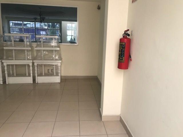 oficina en venta, casa amarilla, granada.