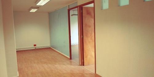 oficina en venta, con cocineta y baño privado