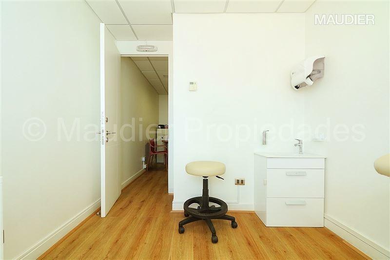 oficina en venta de 1 privado en las condes