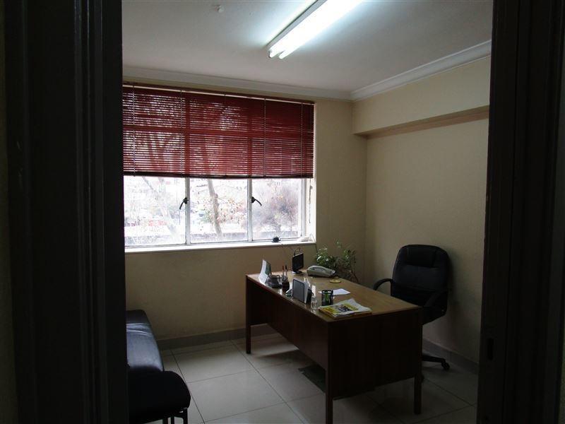 oficina en venta de 10 privados en santiago