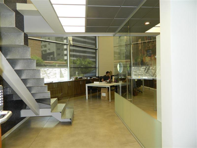 oficina en venta de 2 privados en las condes