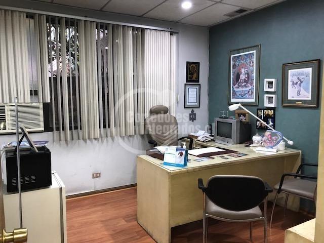 oficina en venta de 2 privados en providencia