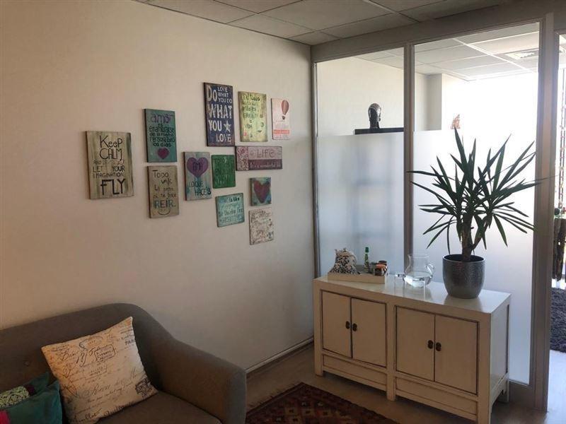 oficina en venta de 3 privados en lo barnechea