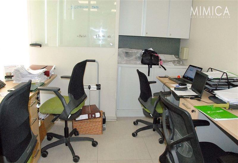 oficina en venta de 4 privados en las condes