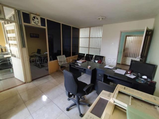 oficina en venta en cabudare lara 20-8416