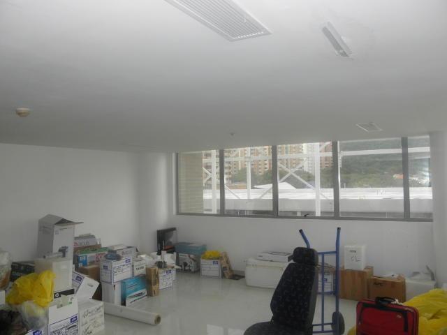 oficina en venta en val. en la trigaleña  19-14794 jan