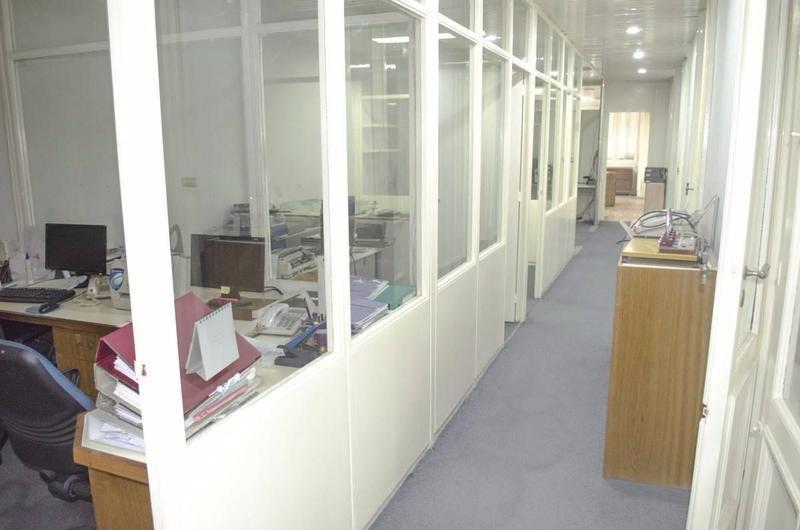 oficina en venta muy bien puesta en av de mayo al 1100