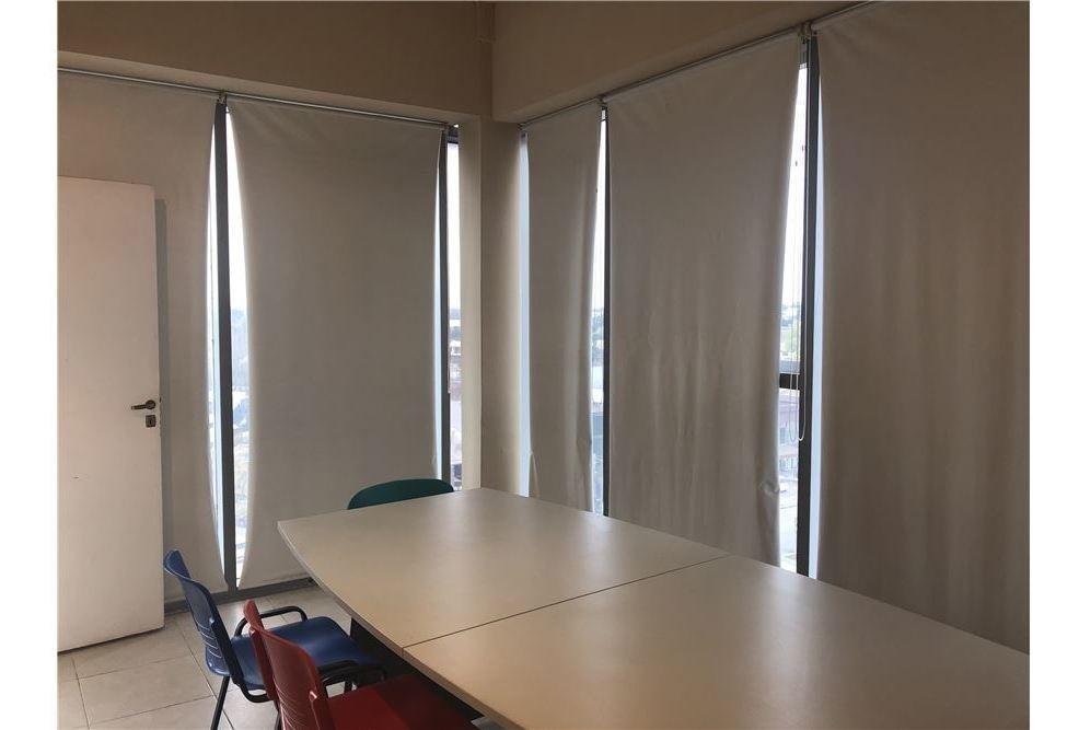oficina en venta pilar point