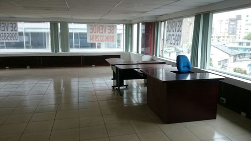 oficina en venta quito,la carolina, 80 m2 vista al parque.