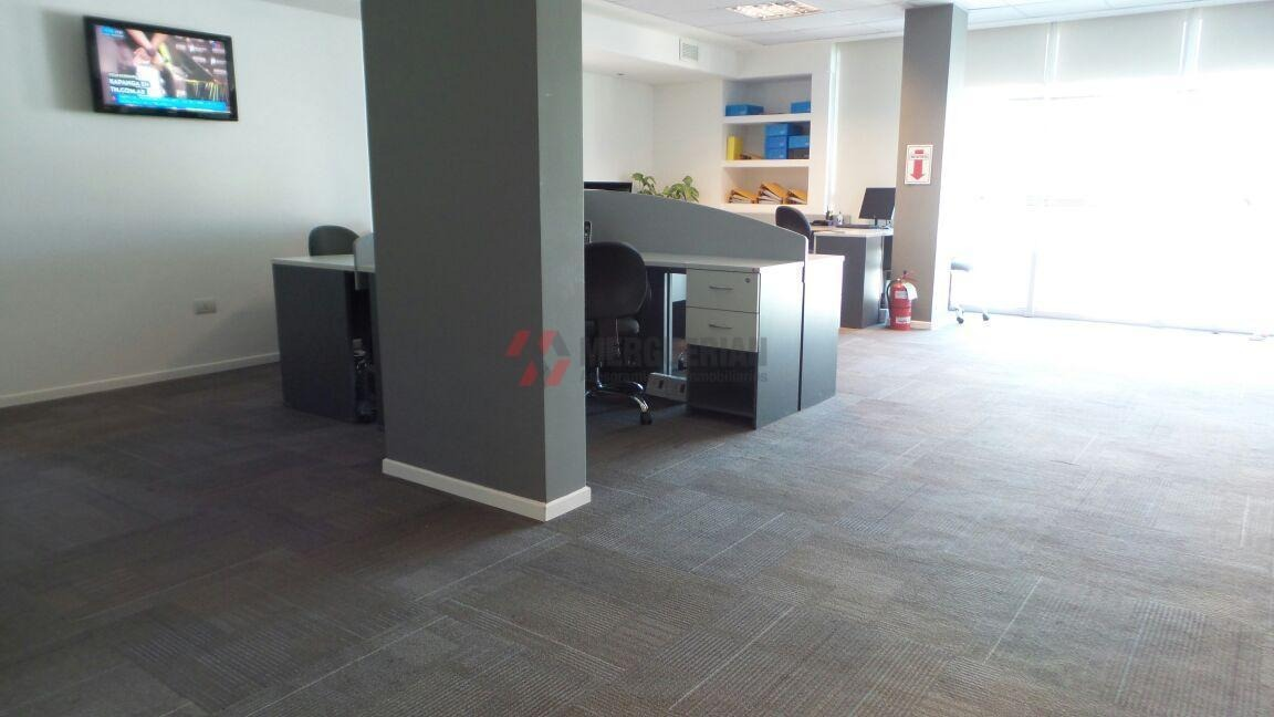 oficina en venta sobre maipu 1ra cuadra - 135 m2