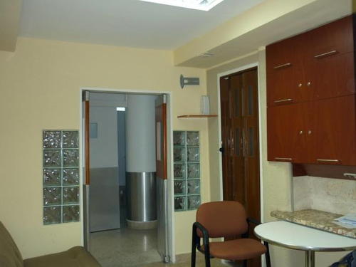 oficina en venta torre calicanto maracay