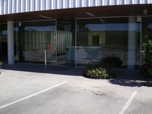 oficina  en venta ubicado en pilar, pilar y alrededores
