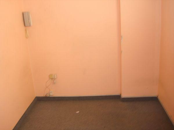 oficina en zona de tribunales (av.13 y 46)