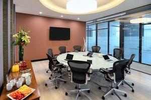 oficina equipada en renta para 5-10 personas en lomas de santa fé.