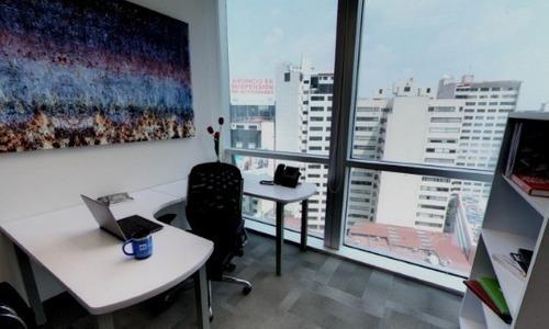 oficina equipada para 4 personas en torre esmeralda.