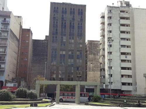 oficina frente plaza italia y municipali