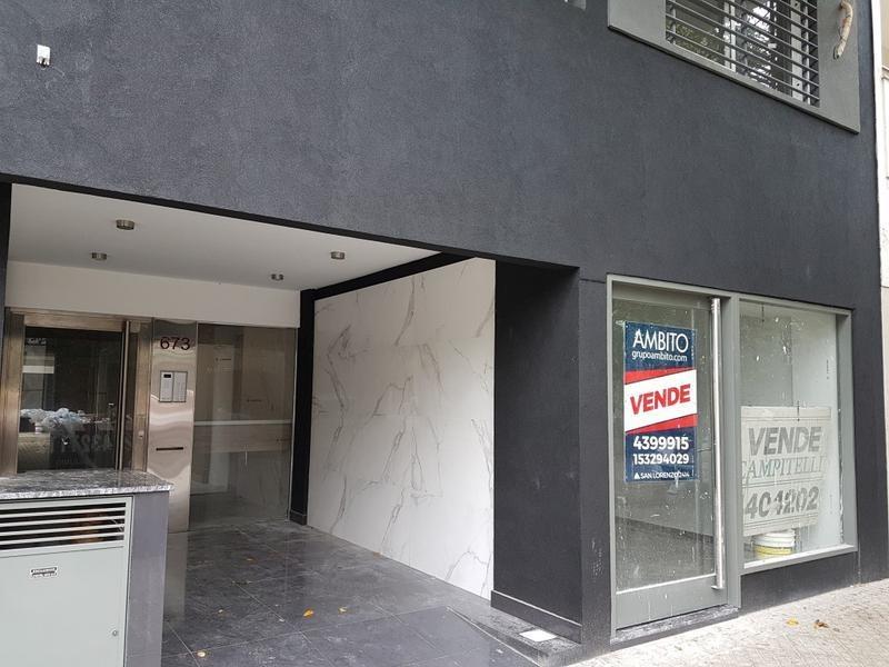 oficina ingreso directo desde la calle - al frente pb