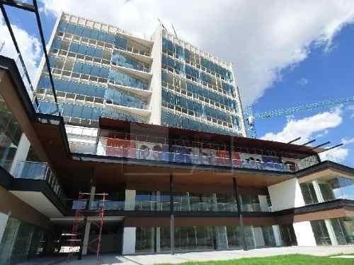 oficina lujosa y funcional para tu negocio, nivel 9, en la mejor zona de mérida, 51m2