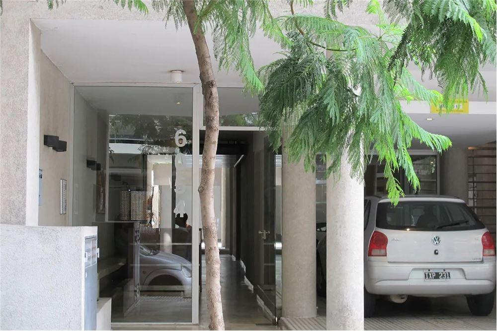 oficina monoambiente ctfte 42m2 piso 1