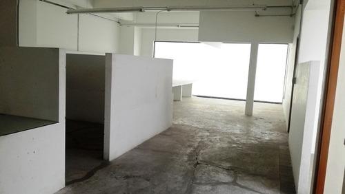 oficina muy amplia en renta cerca de tlahuac