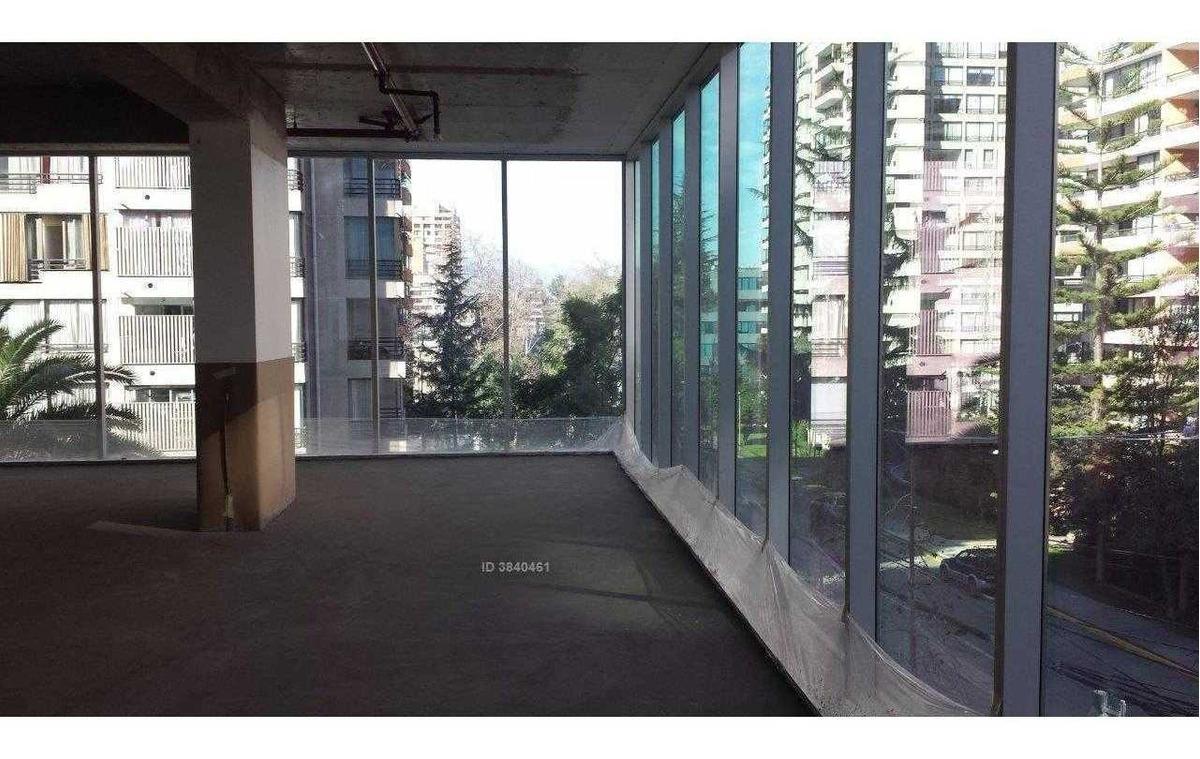?oficina nueva / metro manquehue / nueva las condes.