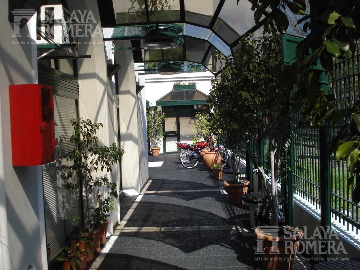 oficina - olivos-vias/maipu - 90 mts -baños - en la estacion de olivos, a mts de libertador