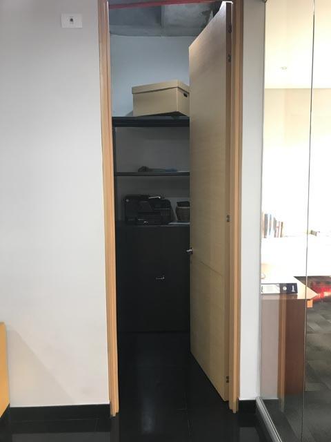 oficina para arriendo ubicada sobre la calle 26