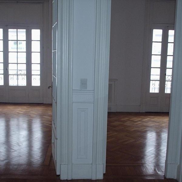 oficina | santa fe av. 1592 - super luminosa y en excelente estado.