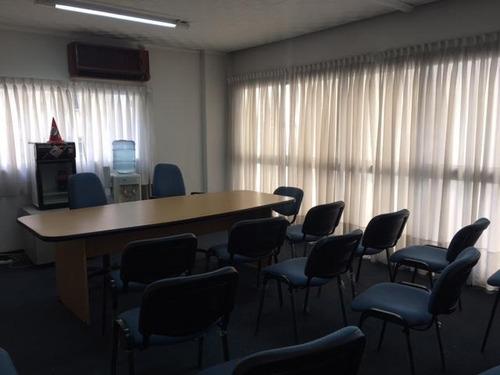 oficina sobre carlos pellegrini 4 privados