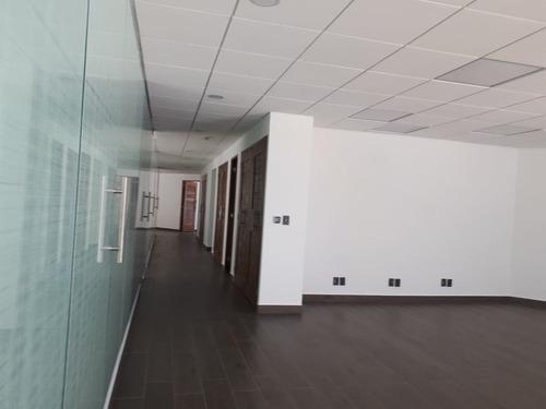 oficina totalmente remodelada