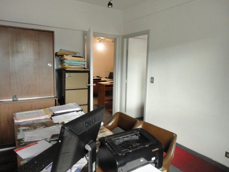 oficina | tucuman al 1700