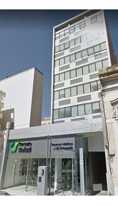 oficina zona  centro calle: la rioja 447