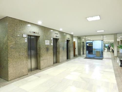 oficina zona p. roma doble frente