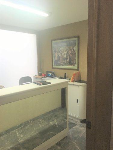 oficina/consultorio iluminado en una excelente ubicacion