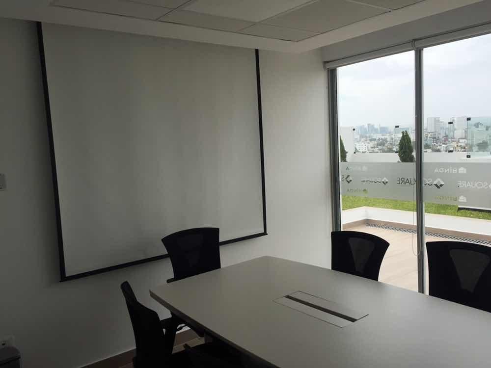 oficina/consultorio us$1000 45m2 + estacionamiento (16m2)