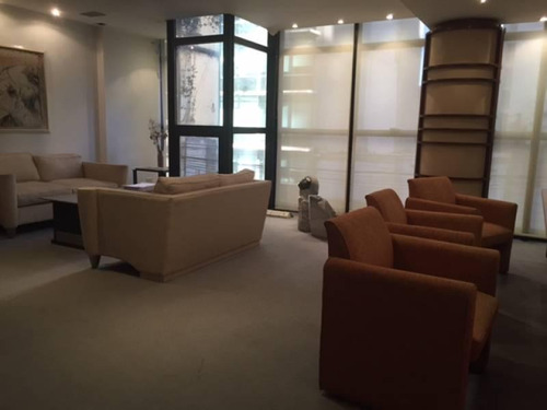oficinas 200 m2 con dos cocheras amueblada