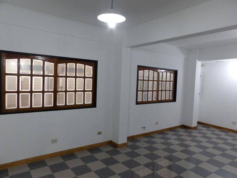 oficinas comerciales villa luzuriaga centro