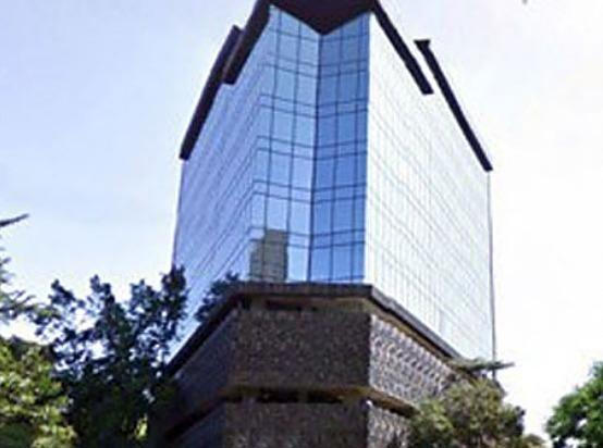oficinas completamente equipadas, servicios incluidos hasta para 8 personas.