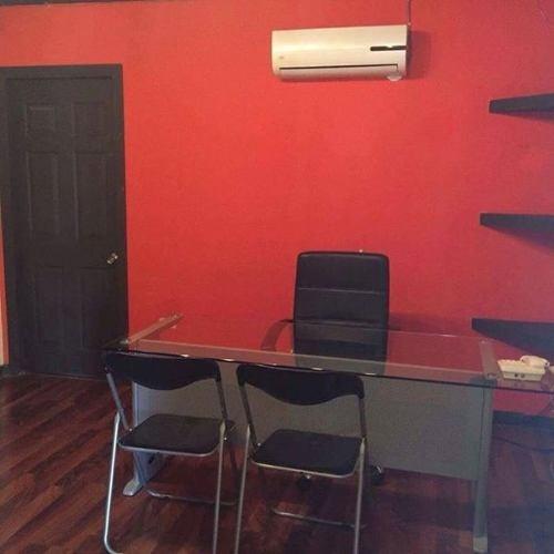 oficinas corporativas  (con todos los servicios incluidos).