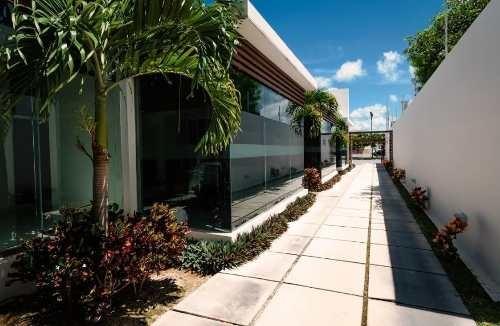 oficinas corporativas en renta al norte de mérida, colonia maya, cerca altabrisa