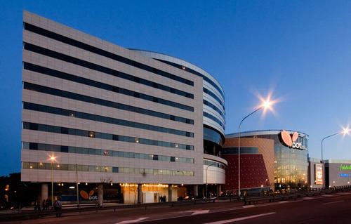 oficinas disponibles dot building