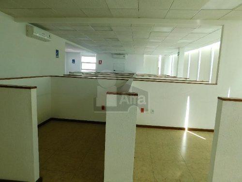 oficinas ejecutivas en renta sobre boulevar adolfo lopez mateos/ zona comercial de celaya