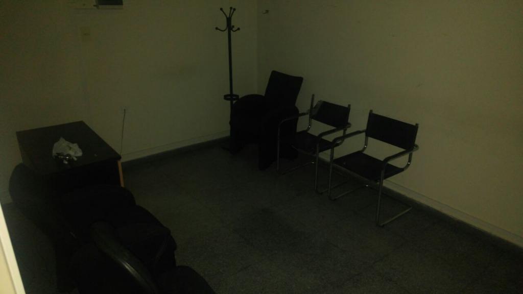 oficinas en 8 e/ 49 y 50
