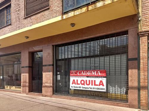 oficinas en alquiler 40 m2 en campana centro a dos cuadras de la plaza. 3 oficinas. patio
